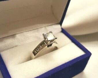 Vintage Platinum Princess Cut Diamond Engagement Ring 1.01 Carat GIA Certified