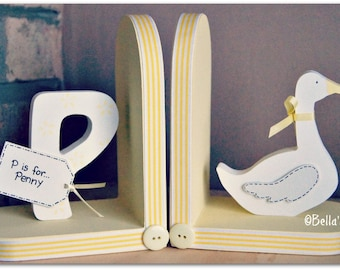 Personalised Goose Bookends for children. Set of 2 bookends, one with a personalised initial another one with a Goose.