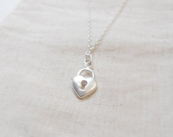Tiny heart lock (necklace) - Small sterling silver charm