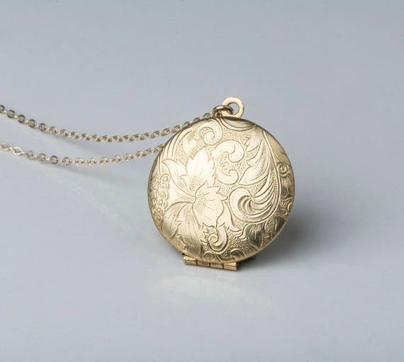 gold vintage round four a photo lockets locket