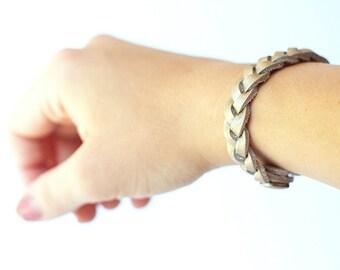Braided Leather Bracelet / Golden Pearl