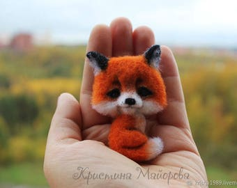 Brooch fox. Felt brooch
