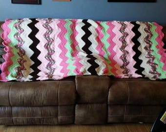 Chevron adult blanket