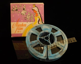 Vintage 8mm Film, Film of a fairytale, Märchenfilm, Dornröschen, Sleeping Beauty and the Fay, 1960s Germany, collectible toy, cult Kids Film