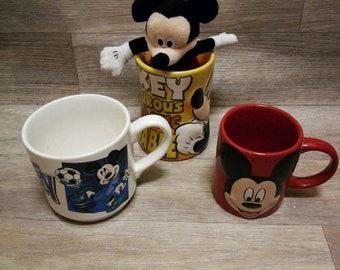 3 Walt Disney Mickey mouse mugs and Mickey plush all in fantastic condition, disneyana, retro mugs, collectors, 2 3d mugs