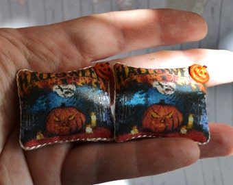 Dollhouse miniature Halloween pillow, Dollhouse Halloween, miniature pillow, scale one inch, scale 1:12,scale miniature, Fairy