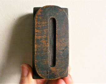 "Letterpress Wood Type O - 3"" Tall 7.5 cm/ Antique Letterpress Wood Printer's Block HAND CARVED rustic"