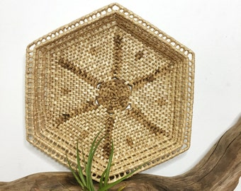 dots + stars wall basket