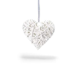 Heart Natural Wicker White Base