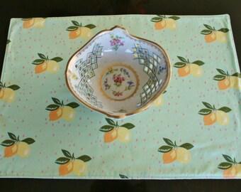 Organic Cotton Placemats, Lemon Placemats, Home Decor, Housewarming Gift, Table Linens, Floral, Lemons