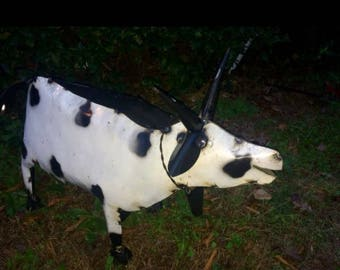 Recycled Metal Tin Cow