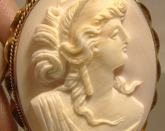 Antique 14K Pink Coral Cameo Brooch Pin Hera or Juno 1880 1890 14 K