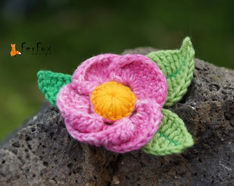 Pink flower brooch Floral pin Summer jewelry Fashion accessory Pink boho brooch Flower jewelry Flower accessory Romantic brooch Gift for her