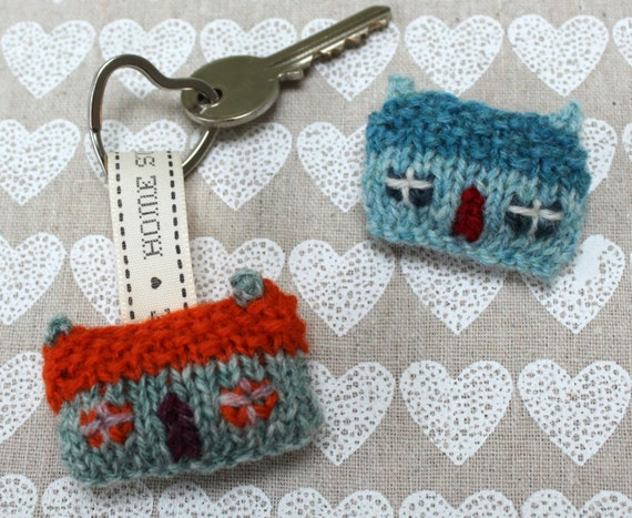 Home Sweet Home Wee House Brooch and Key Ring Knitting Pattern from ...