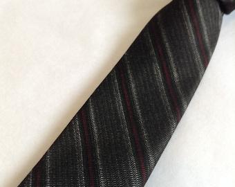 50's 60's Vintage SKINNY Tie.  Beautiful Black, Grey, Red Necktie. Acetate.  Mod, Eames era, Mad Men, Beatles, Rockabilly.
