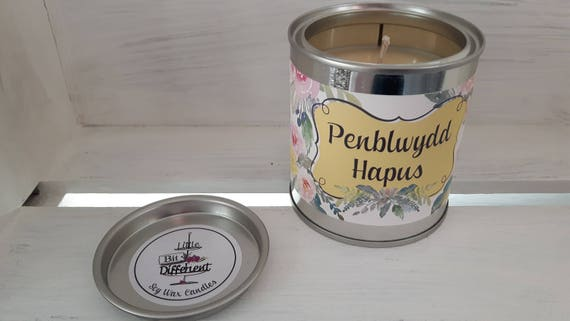 Penblwydd Hapus candle. Cake scented. Vegan candle. Welsh candle.  Soy wax candle.  Happy Birthday.  Handmade in Wales, UK