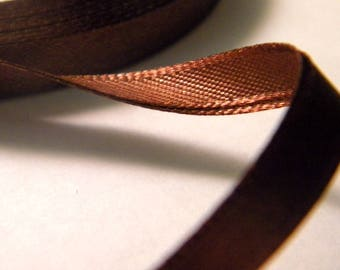 11 m of Ribbon in Brown satin 6 mm - No. 3