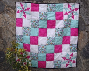 Patchwork quilt for baby, quilt for girl, set of room, quilt for babies.