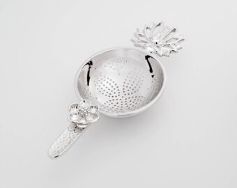 TITASY Platinum Tea Strainer [Lotus Flower, TS-16]