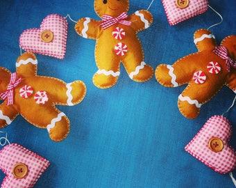 Lovely gingerbread man Christmas garland
