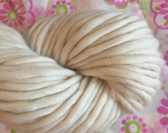 BULKY Undyed Yarn, Merino Wool Singles Yarn, Undyed Super Chunky Yarn, Bulky Merino Wool Yarn, Ecru Yarn Blank, Merino Wool Yarn, Bulky Yarn