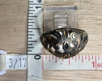 Vintage 925 Sterling Silver 2.8g Filigree Ring Size 7.5 Needs Cleaned Used