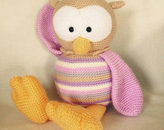 Crocheted animal Owl Floortje