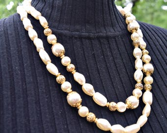 Vintage Necklace, Vintage Jewelry, Faux Pearl Necklace, Bead Necklace, Baroque Pearls, Double Strand Necklace, Fashion Jewelry