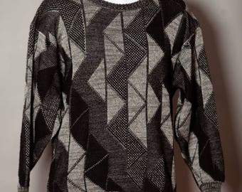 Vintage 80s Awesome Sweater triangle pattern grays black - AREA by Tag - M