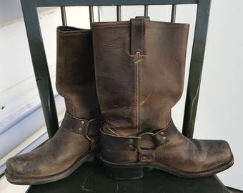 Size 7 Frye boots