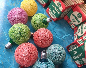 GE Lighted Ice Vintage Xmas Bulbs in Original Packages lot of 8 D30