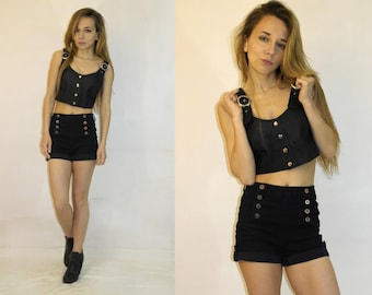 SALE SALE SALE / 90s Black Leather Crop Top / Leather Cropped top /  Biker Babe leather top