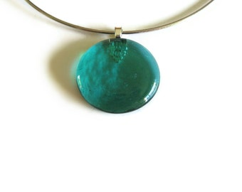 Round Pendant in Teal Green Glass with Choker