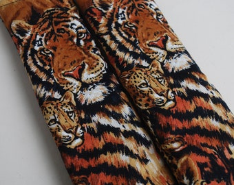 Seatbelt covers car 1 pair Tiger  patterned seat belt covers.