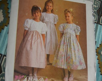McCalls 8578 Childrens and Girls Dress Sewing Pattern - UNCUT  - Size 6 7 8