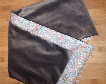 Scarf with PomPoms Cacharel liberty and gray Velvet
