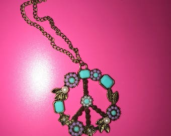 Vintage Boho Peace Flower necklace
