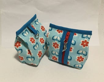 wallet bellows - flowers on blue background