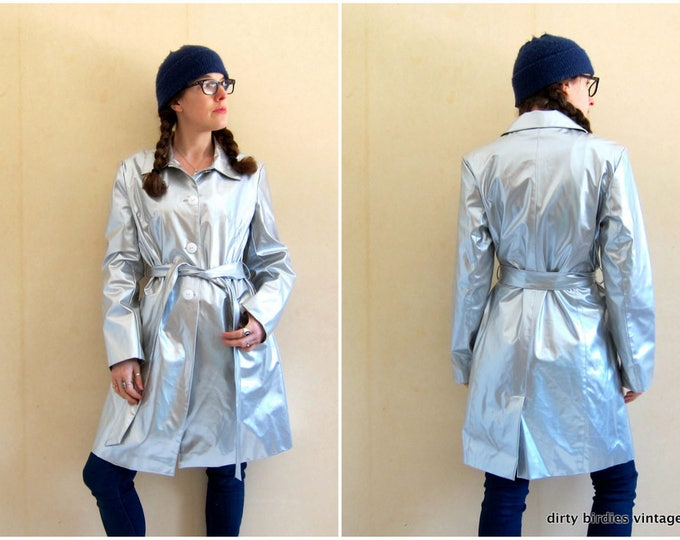90s Silver Trench Coat | Modern Rain Jacket | Button Up Belted Jacket | Vintage Spring Raincoat Preppy Mod Coat with Pockets Womens Large