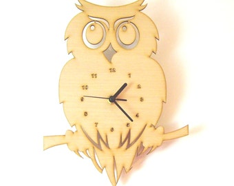 "Wooden wall clock - ""Owl"""
