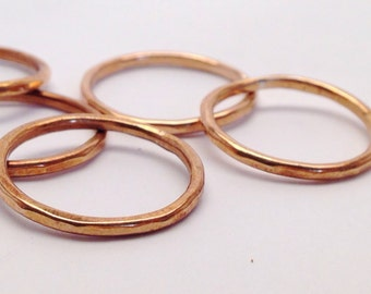 Faceted Stacking Rings