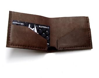 Bi-fold Handmade Leather Wallet in Chocolate Brown