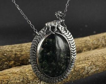 Agate necklace - Deer necklace - Green necklace - Zen necklace - Handmade