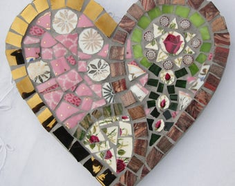 Heart mosaic with 1 red rose