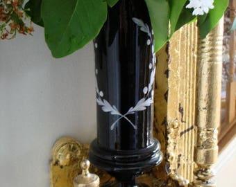 VICTORIAN Antique Black Glass Laurel Wreath Trophy