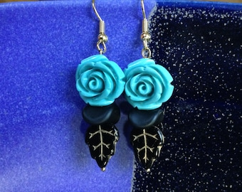 Turquoise Composite Roses, Black Glass Waves & Black And Gold Leaves Beaded Earrings