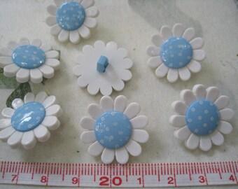 17pcs of White Flower Shank  Button - 22mm Blue Polka Dot Center
