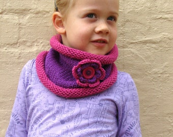 Knit Pattern, PDF knit pattern with crochet flower, Instant scarf pattern download, Cowl pattern, Girl's scarf