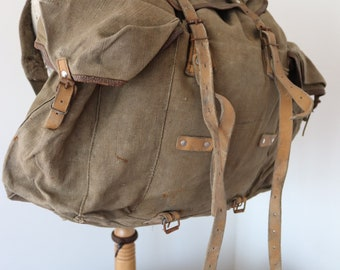 Vintage 1950s 50s 1960s 60s French army military canvas leather metal frame backpack rucksack khaki green camping walking hiking