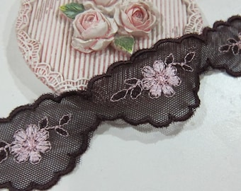 1yrd-Tulle Scalloped Vintage Lace/NBDL147-Purple Embroidered Lace/Flowering Lace/